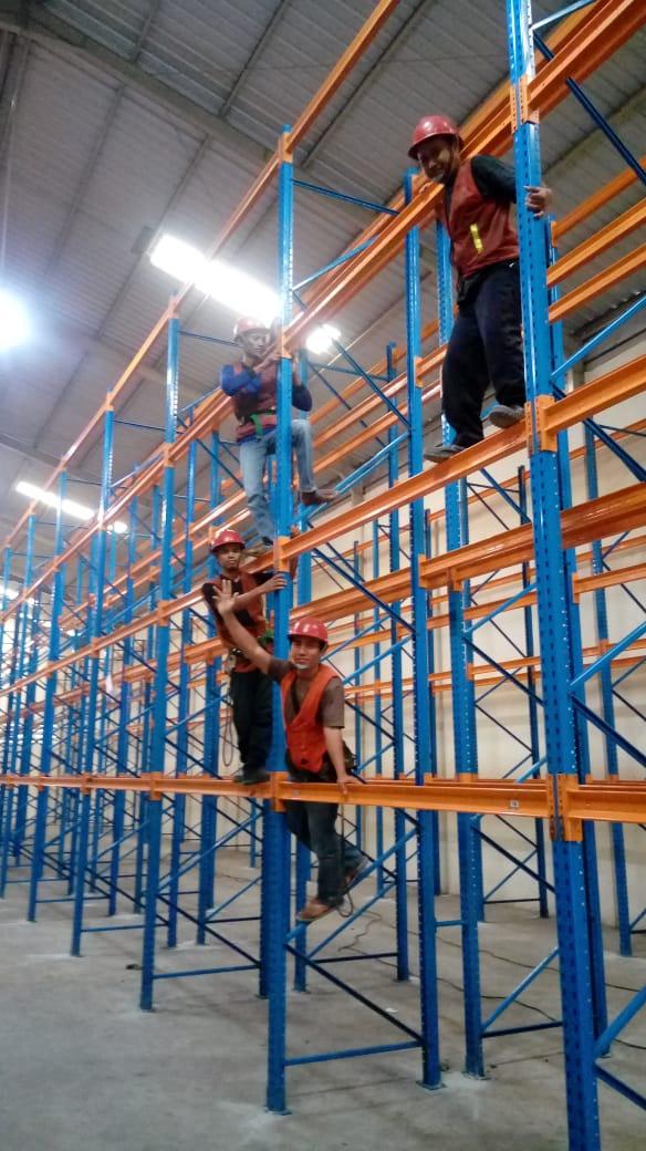 Jual Rak Gudang Heavy Duty Bekas Kondisi Baik Terlengkap di Ngaliyan Kota Semarang Hubungi 0812 92200677 / 087781016577